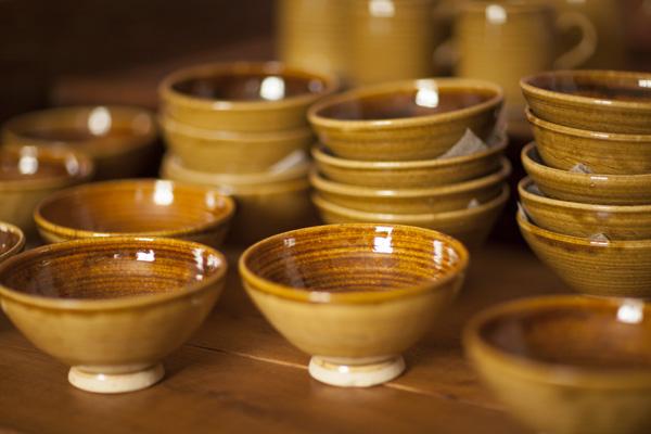 Stoneware bowls by Glyn Ryland